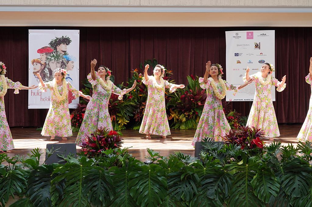 フラ・ホオラウナ・アロハ:日本人向けフラの祭典