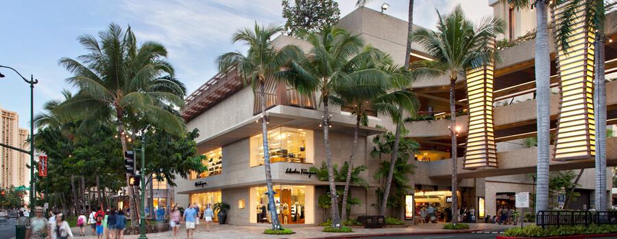 現地の無料ショー:ロイヤル・ハワイアン・センター